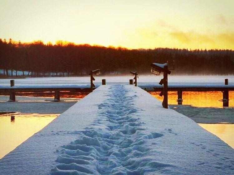 Vintersolnedgang i Ry marina